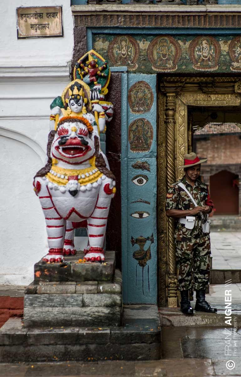 FA_Nepal_Kathmandu_15Okt2013_0119